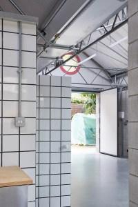 Lomax Studio - CAN
