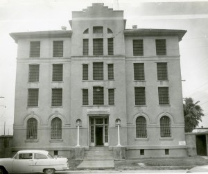 The Galveston County Jail, sometime in the 1950s. (Photo courtesy of the Galveston and Texas History Center, Rosenberg Library, Galveston, Texas)