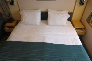 Royal Caribbean Mariner of the Seas bed