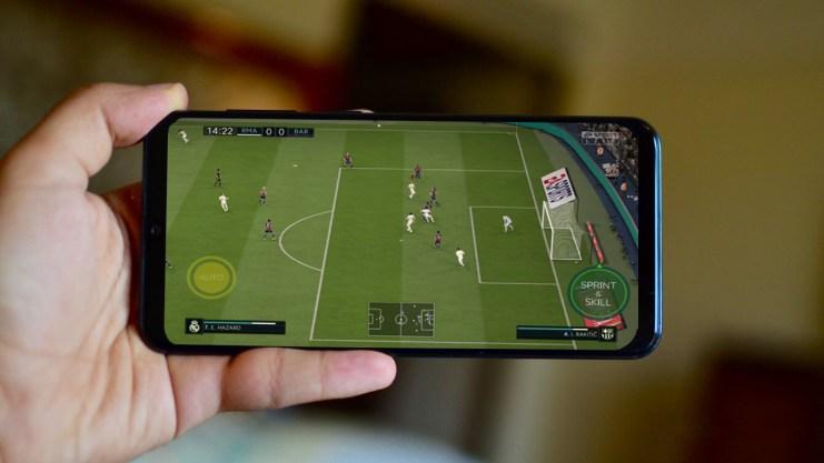 FIFA 20 Mobile Apk Gameplay