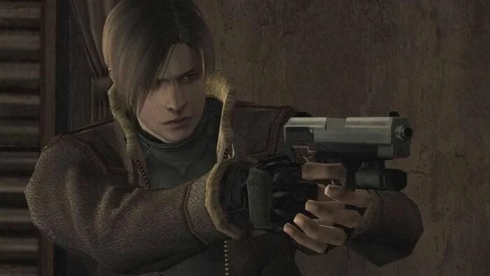 Leon from Resident Evil 4 carrying weapon