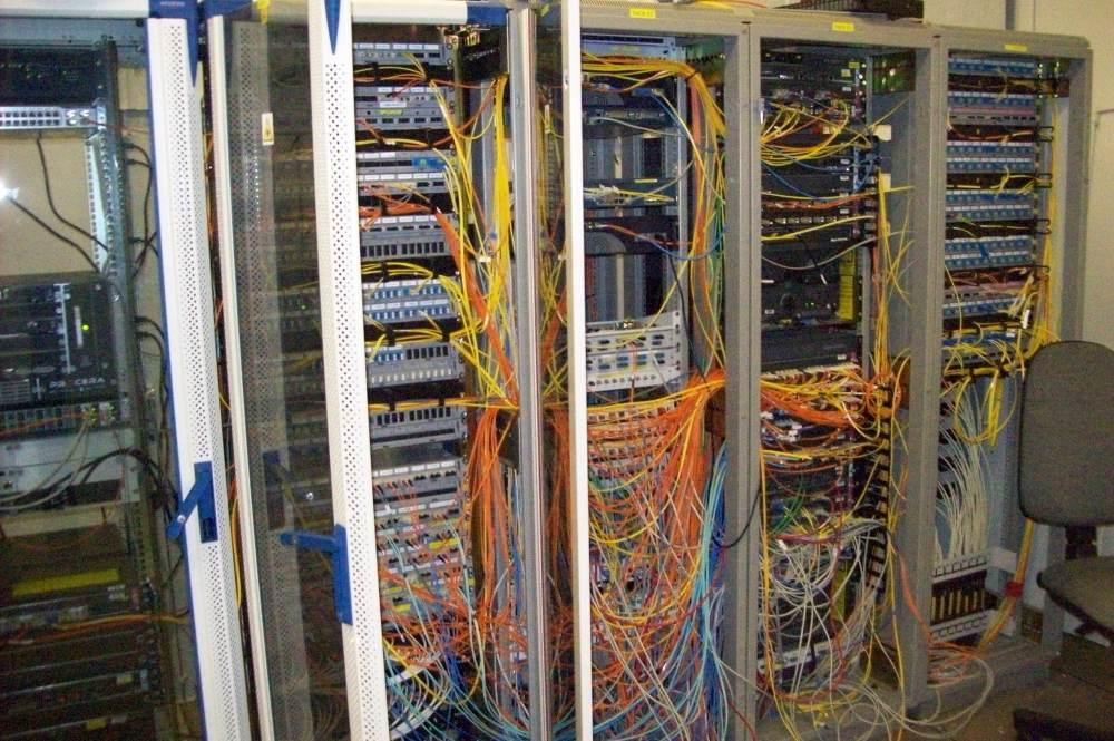 medium resolution of crazy wiring serveer