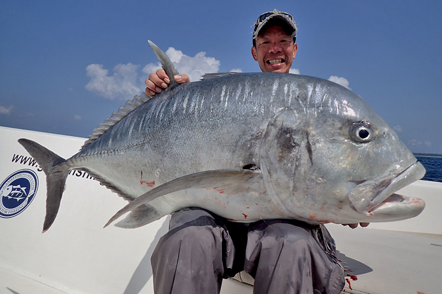 28_giant-trevally_popping_andamans_fishing_carpenter-rods_shimano-stella-reels_hammer-head-lures_koh-guan-chu