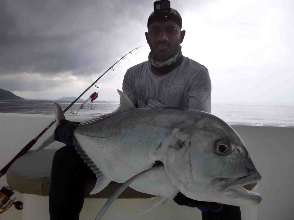 giant-trevally_popping_andaman_race-point-150-rods_shimano-stella-reels_kokari-popper_arjun-3