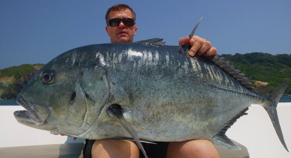 giant-trevally_popping_andaman_carpenter-f3711-rod_-shimano-stella-18000-reel_madara-popper_sergii