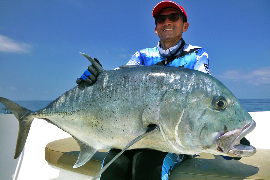 giant-trevally_popping_andaman_pluger-b4-rod_shimano-sw-8000-reel_dpy-popper_jung