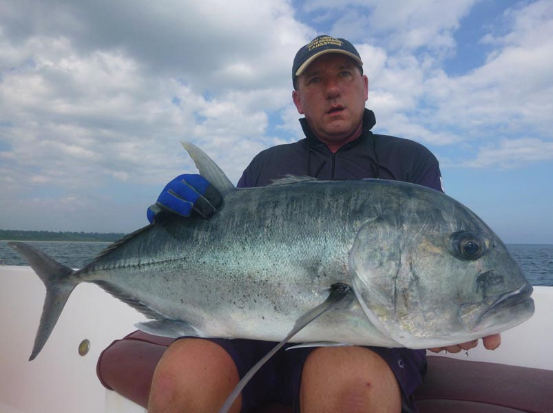 No16_Giant-trevally_fishing_popping_andaman_Daiwa-Saltiga_gamefishingasia_boat_big-fish_gtpopping_boat-charter_angler_Geoffrey-Collins