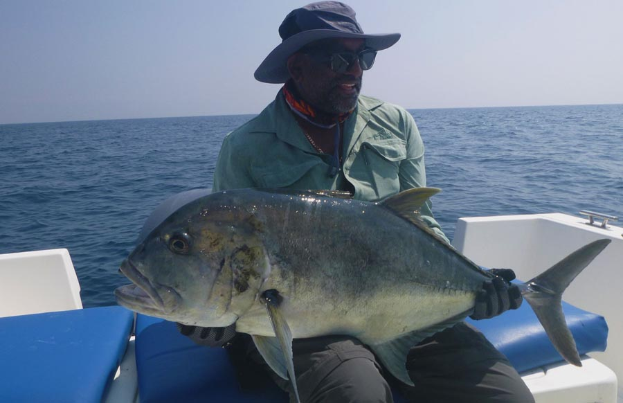 No37_Giant-trevally_popping_andaman_Shimano-Stella_gamefishingasia_boat_big-fish_gtpopping_boat-charter_angler_Louis