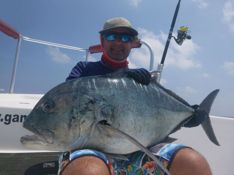 No16_Giant-trevally_fishing_popping_andaman_Shimano-Stella_gamefishingasia_boat_big-fish_gtpopping_boat-charter_angler_Sahadev-Shetty