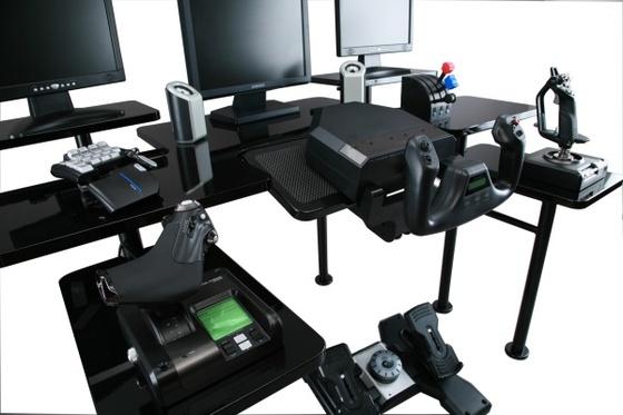 Roccaforte: la scrivania paradiso per gamers