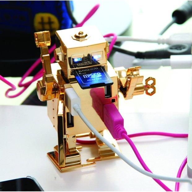 Mr. Roboto Wind Up USB Hub