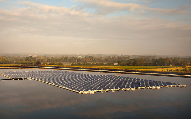 UK's First Floating Solar Field