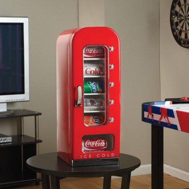 Retro Coca-Cola Vending Fridge