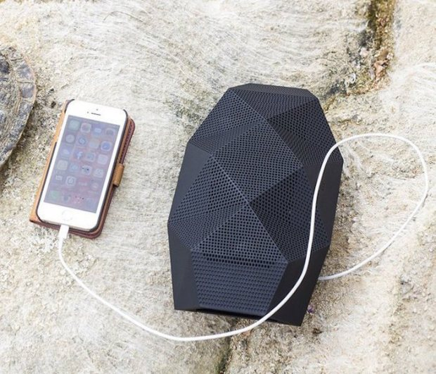 Big-Turtle-Shell-Wireless-Speaker-by-Outdoor-Tech-01