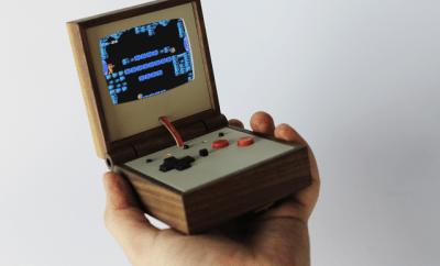 """Wooden """"Gameboy"""""""