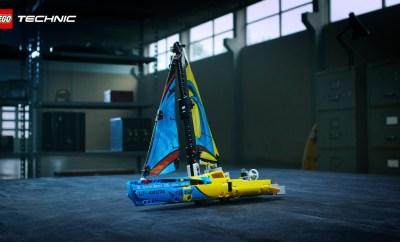 42074 LEGO Technic Racing Yacht