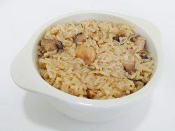 Claypot chicken rice using pressure cooker