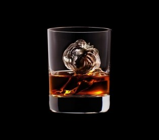 Suntory Whisky CNC figuras hielo leon