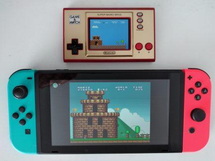 Nintendo Switch Online ofrece Super Mario Bros. de NES y su versión All-Stars de SNES.