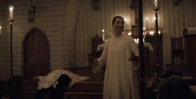 Misa de medianoche Midnight Mass Mike Flanagan Netflix Análisis crítica reseña explicación final a fondo