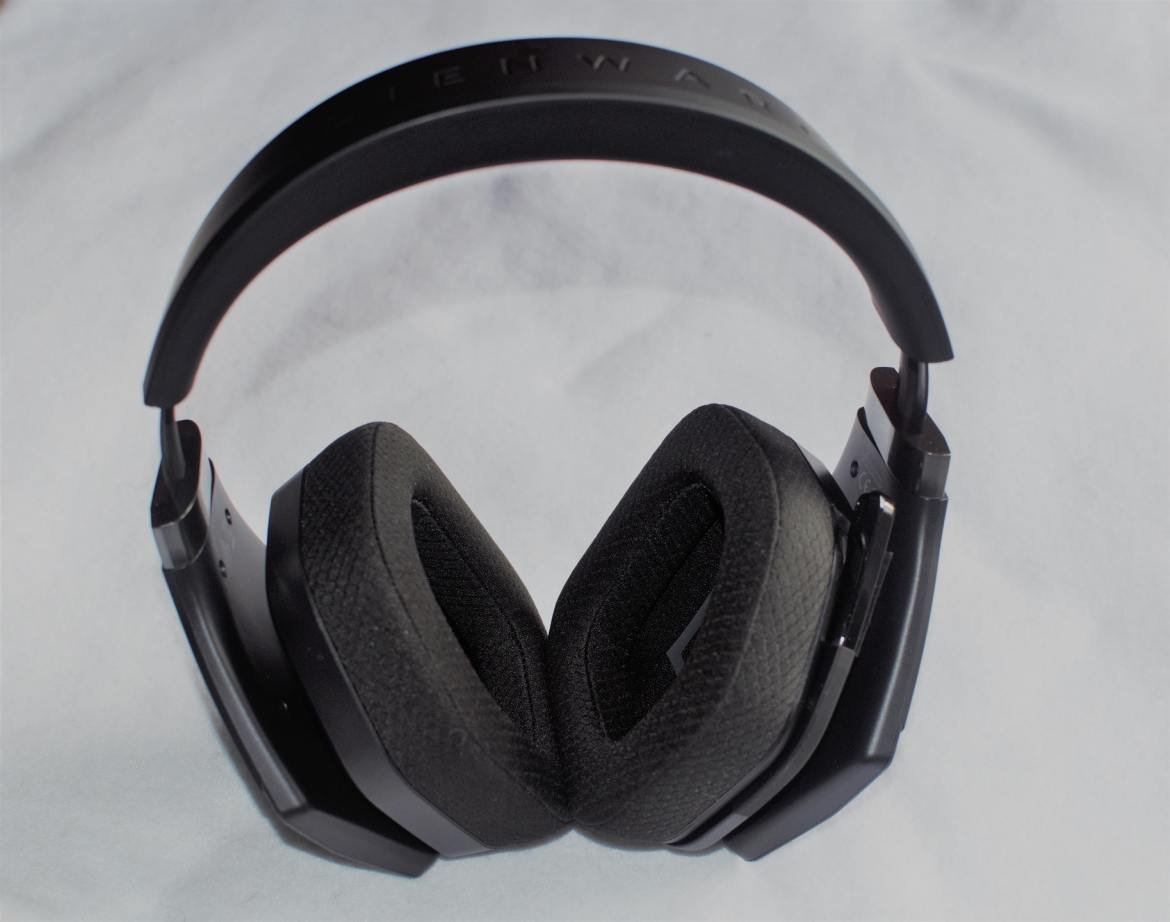 Alienware Wireless Gaming Headset AW988 - 7- Review-GamersRD