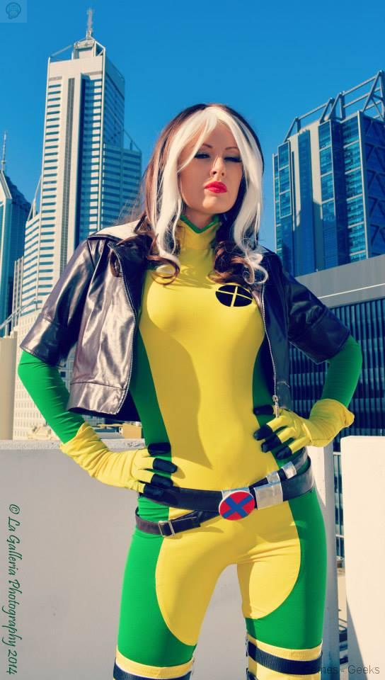 games-geeks-Lady-Jaded-Rogue-In-The-City10351518_594674940650067_7781682905991966362_n Cosplay - XMen - Rogue #32