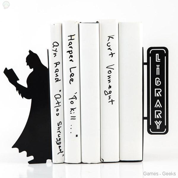 Batman-Reading-Bookends Geek : Serre Livres Batman