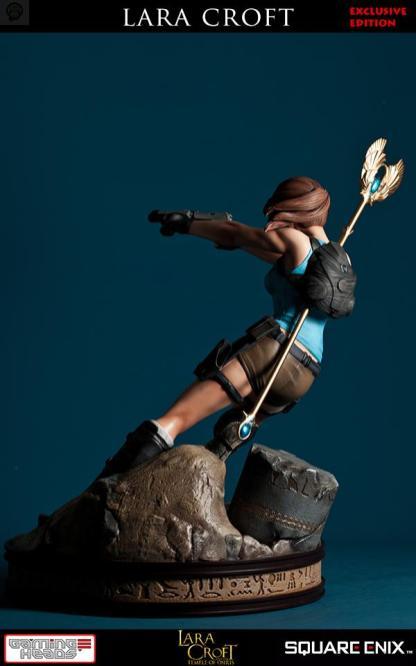 vertical_21 Une figurine pour Lara Croft!