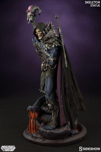masters-of-the-universe-skeletor-statue-200460-06 Figurine Sideshow - Les maitres de l'univers - Skeletor