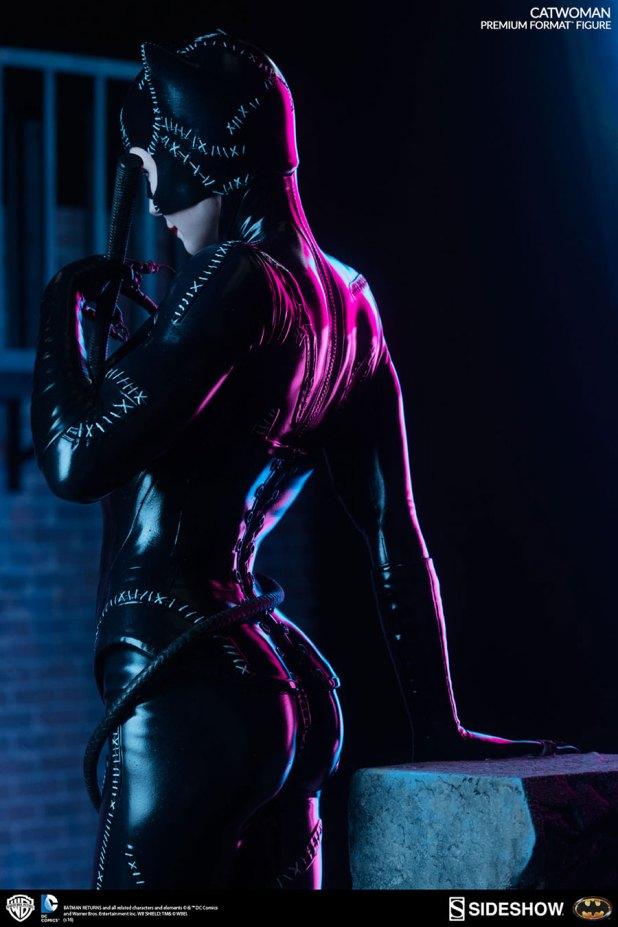 Sideshow-Catwoman-Statue-6-620x930 CatWoman est à l'honneur chez Sideshow avec une nouvelle figurine