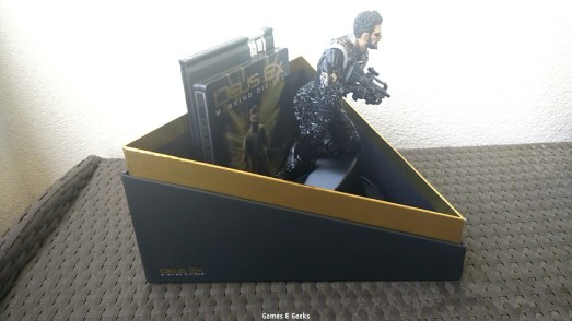 unboxing-ps4-deus-ex-mankind-divided-100733 Unboxing - Deus Ex Mankind Divided - Collector - PS4