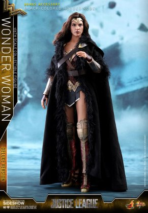 dc-comics-justice-league-wonder-woman-deluxe-sixth-scale-hot-toys-903121-04 Figurine - Wonder Woman Deluxe Version Sixth-Scale Figure