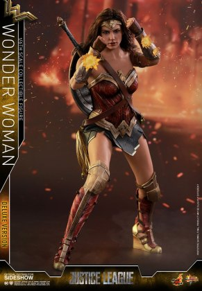 dc-comics-justice-league-wonder-woman-deluxe-sixth-scale-hot-toys-903121-09 Figurine - Wonder Woman Deluxe Version Sixth-Scale Figure