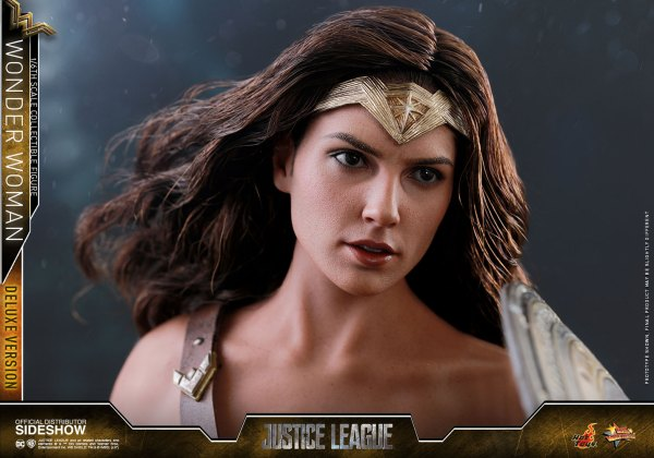 dc-comics-justice-league-wonder-woman-deluxe-sixth-scale-hot-toys-903121-23 Figurine - Wonder Woman Deluxe Version Sixth-Scale Figure