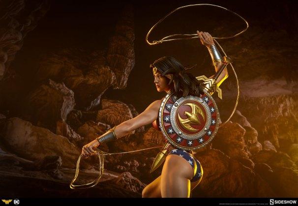 dc-comics-wonder-woman-premium-format-figure-sideshow-300664-29 Figurine - DC Comics Wonder Woman Premium Format