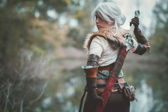 ciri-cosplay-07-696x464 Cosplay - The Witcher 3 - Ciri #155