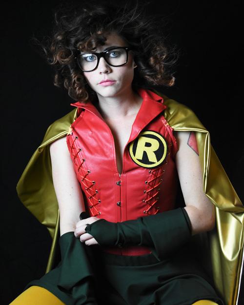 carrie-kelly-robin-cosplay-03 Cosplay - Robin #168