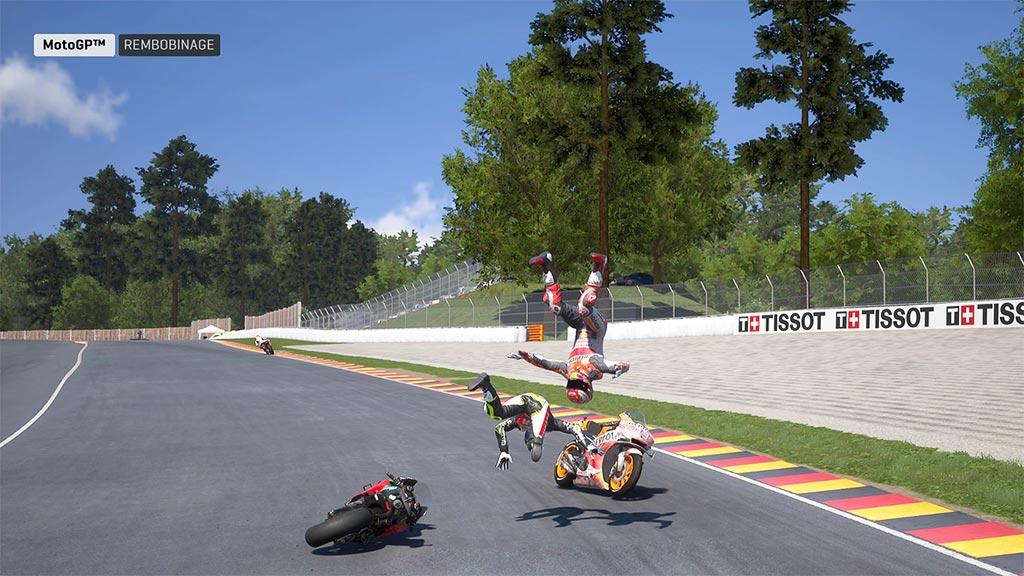 MotoGPAccident-1024x576 Mon avis sur Moto GP 19 - Faisons brûler la gomme !