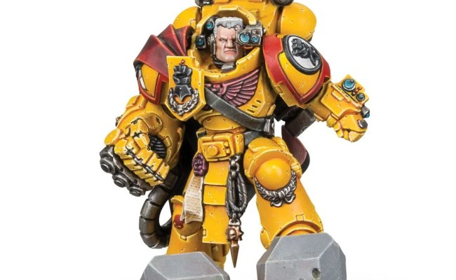 Today S Pre Orders Imperial Fists Salamanders And Space