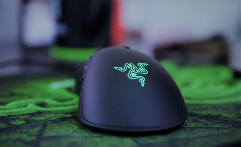 Razer-DeathAdder-Elite-16