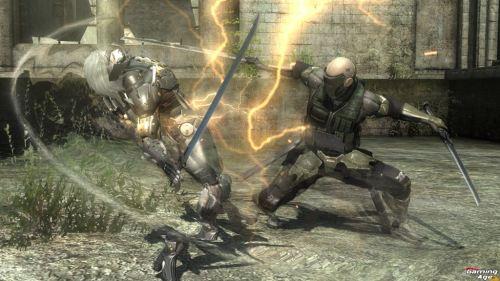 metal-gear-rising-revengeance-Cyborg (Standard)_2sword_attack_W