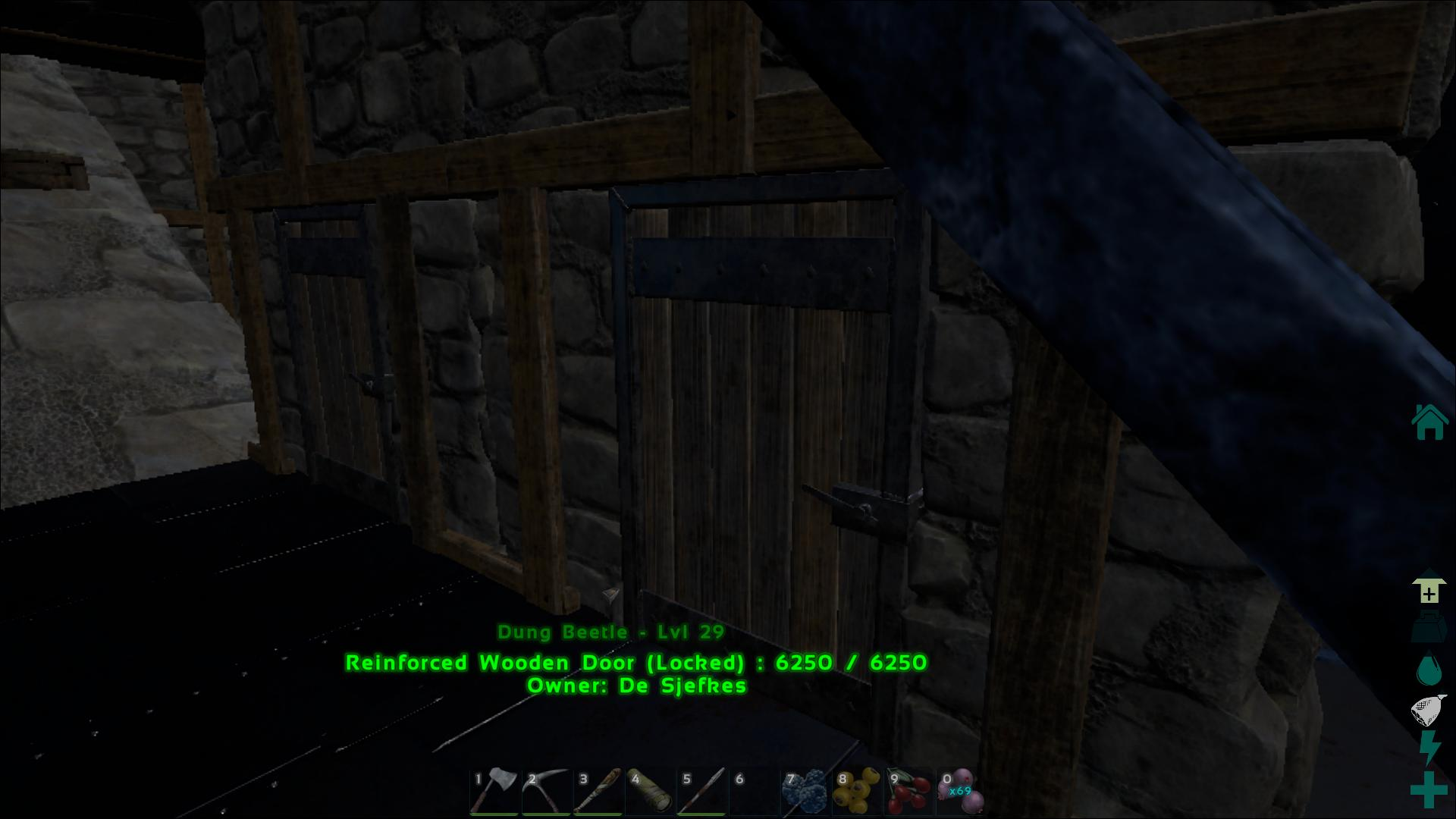 Reinforced Wooden Door ark screenshot
