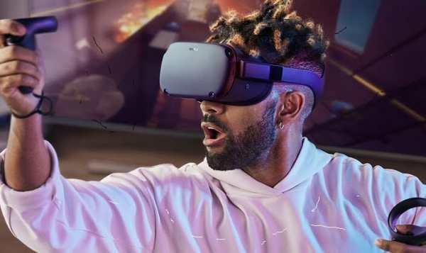 man wearing Oculus Quest VR headset