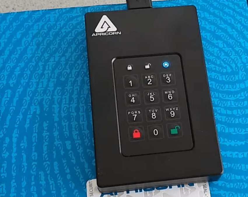 Apricorn Aegis Fortress L3 Portable SSD 2
