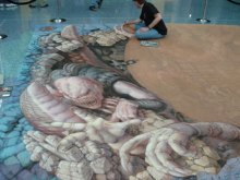 Kurt Wenner painting his Gears of War Chalk - Day 2 of the project