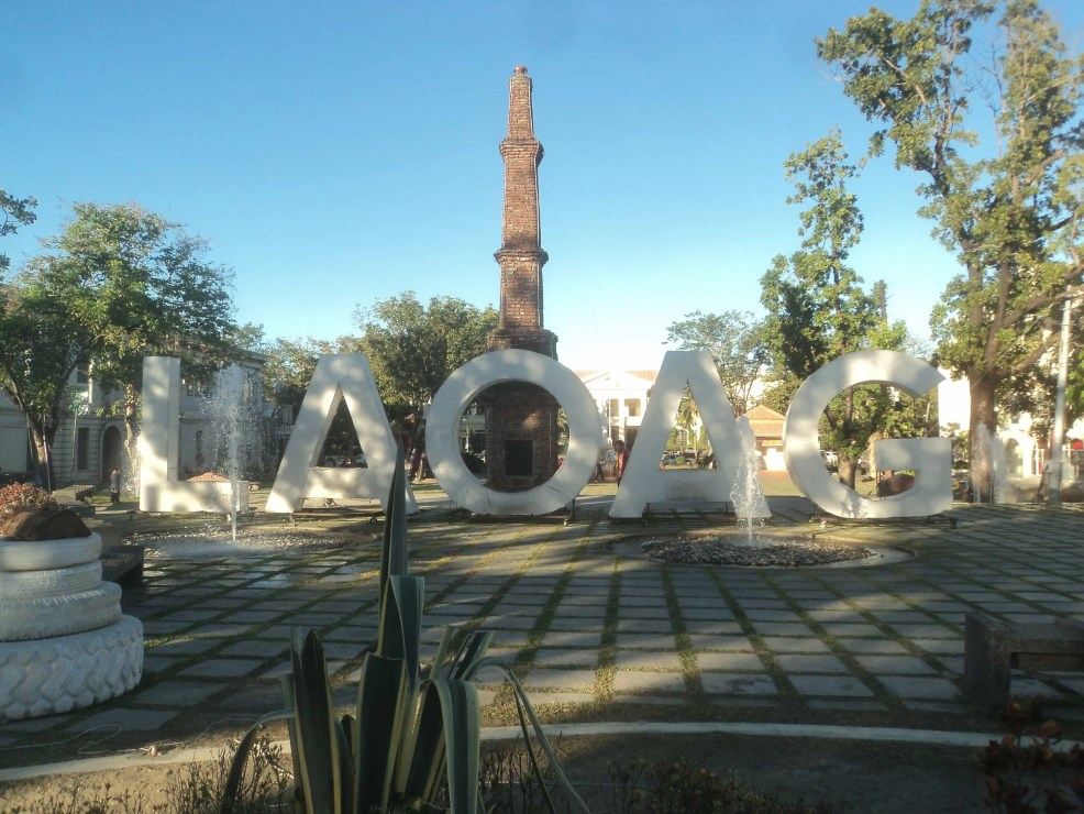 how to get to La Uniom from Laoag