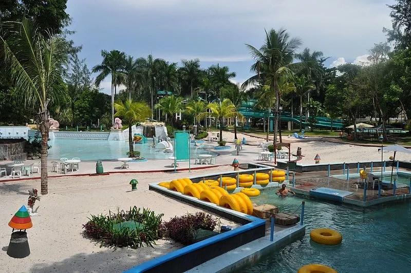 Fontana Water park, Pampanga Tourist Spots, things to do in pampanga, clark pampanga tourist spots, pampanga destinations, things to do in pampanga, manila to pampanga, manila to pampanga fare, manila to pampanga travel time, manila to pampanga bus, manila to pampanga bus fare