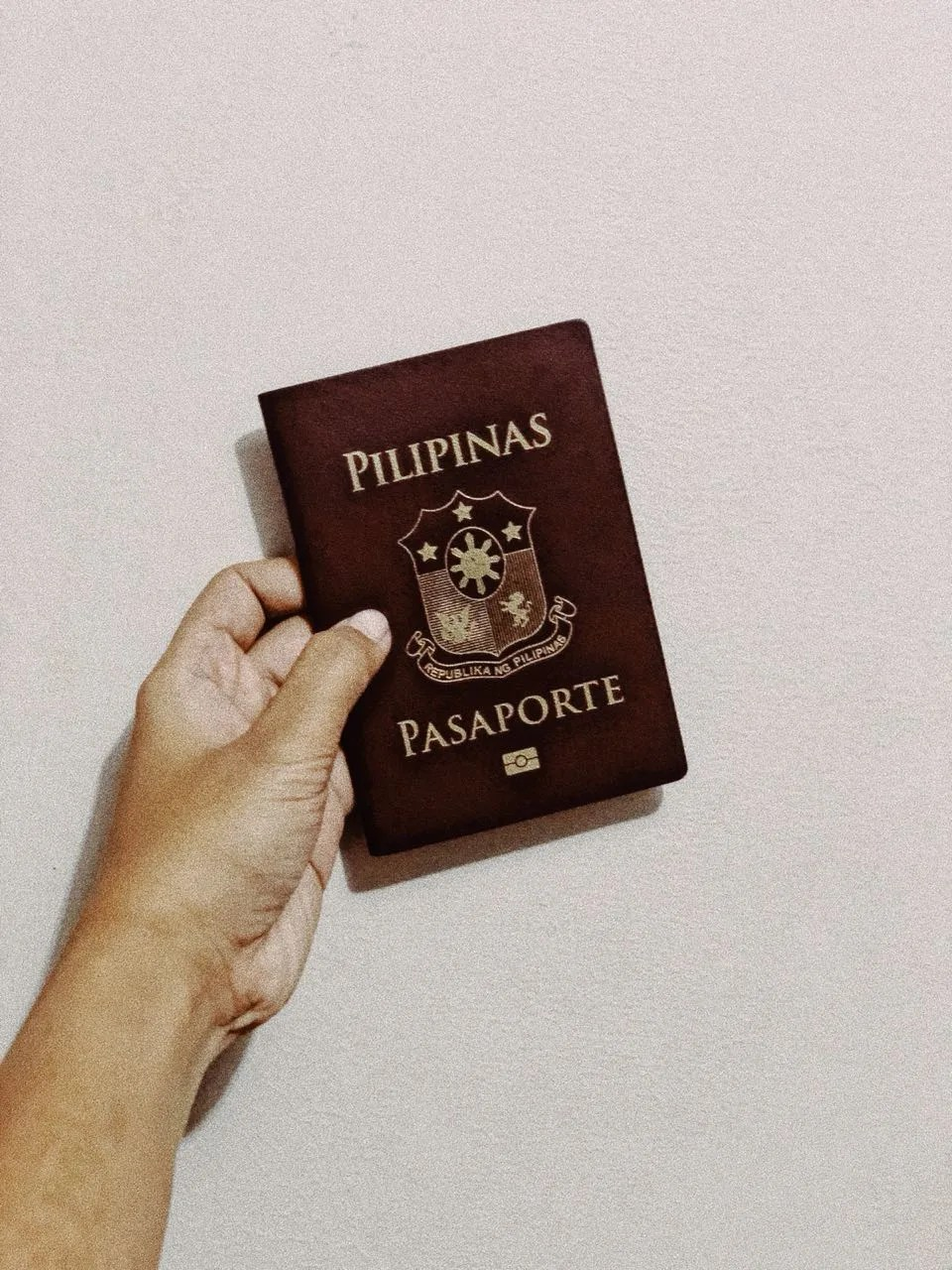 things to know before traveling to the philippines,  best places to visit in the philippines, tourist spots in the philippines, places to visit in the philippines for couples, visa extension in the philippines, visa to travel to the philippines