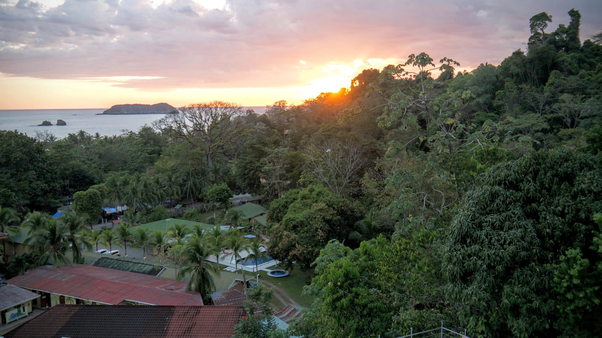 backpacking Costa Rica, things to do in Costa Rica, places to visit in Costa Rica, best time to visit in Costa Rica, Festivals in Costa Rica, 2 week itinerary in Costa Rica