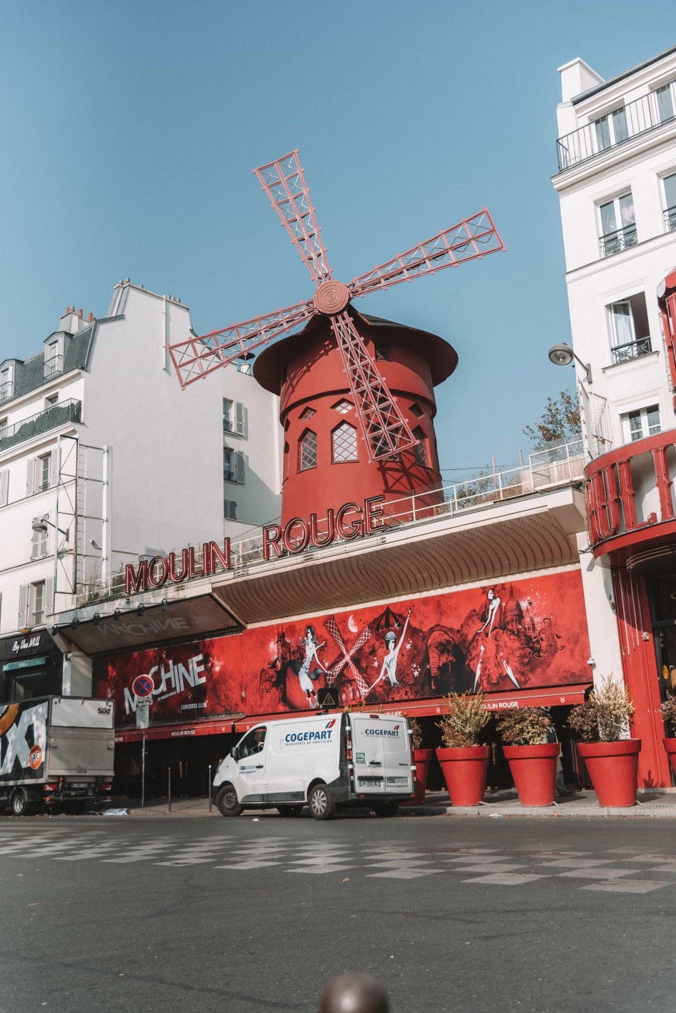 Most Instagrammable places in Paris, Moulin Rouge